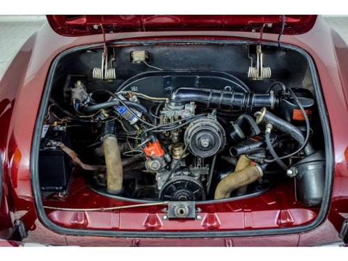 1974 Volkswagen Karmann Ghia Coupe Stick Shift For Sale (picture 5 of 6)