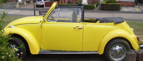 1973 VW Beetle Convertible For Sale (picture 2 of 6)