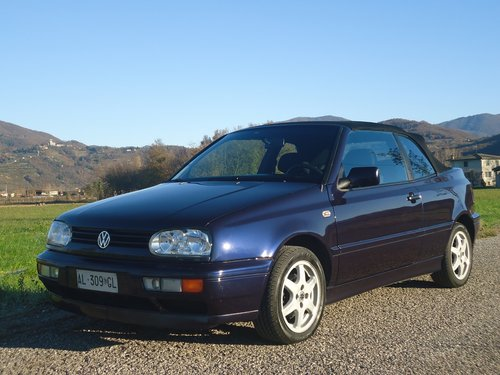 1996 Golf III Cabrio 1600 Movie Air conditioned For Sale (picture 1 of 6)