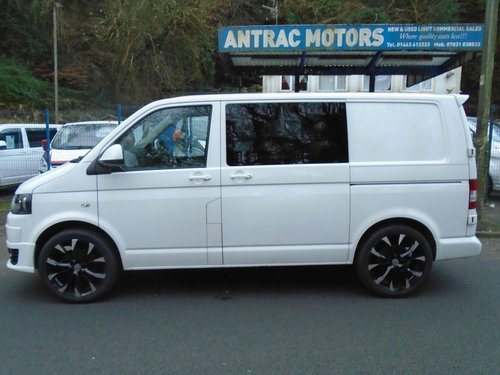2013/63 Volkswagen Transporter 2.0TDi KOMBI 6 SEATER 114 BMT For Sale (picture 2 of 6)