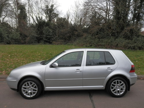 VW Golf 2.3 V5..Heated Leather Recaros.. Nice Example SOLD (picture 1 of 6)