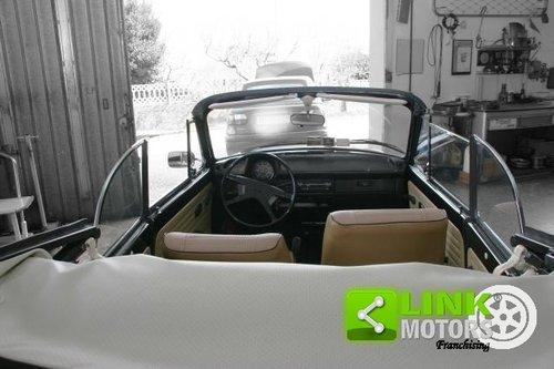 1973 Volkswagen Maggiolone 1.3 Cabrio For Sale (picture 3 of 6)