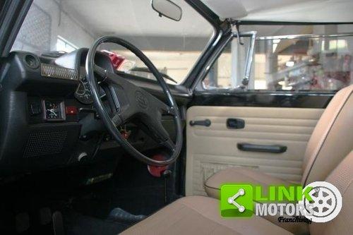 1973 Volkswagen Maggiolone 1.3 Cabrio For Sale (picture 4 of 6)