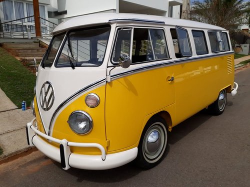 1975 Like new AAA quality VW T1 split window bus For Sale (picture 1 of 6)