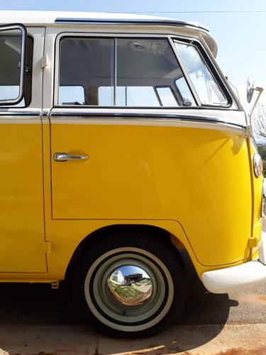 1975 Like new AAA quality VW T1 split window bus For Sale (picture 3 of 6)