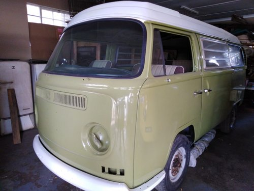 1968 low light / early bay Volkswagen kombi For Sale (picture 1 of 6)