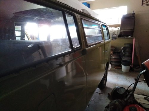 1968 low light / early bay Volkswagen kombi For Sale (picture 2 of 6)