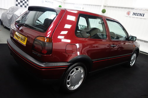 1992 Volkswagen Golf GTi in superb original condition  SOLD (picture 4 of 6)