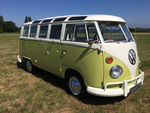 1964 Volkswagen Split Screen, 21 Window Deluxe Samba For Sale (picture 1 of 6)