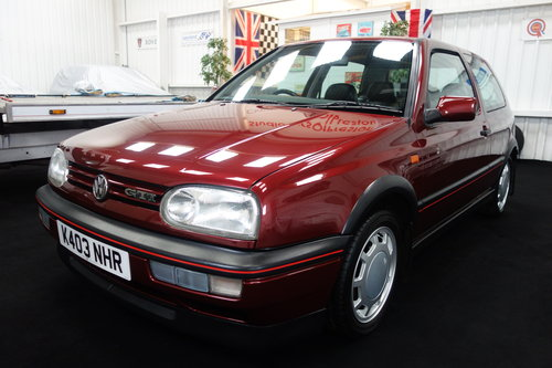 1992 Volkswagen Golf GTi in superb original condition SOLD (picture 2 of 6)