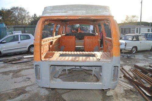VOLKSWAGEN VW T2 BAY WINDOW CAMPER VAN FROM TEXAS GREAT SOLI For Sale (picture 3 of 4)