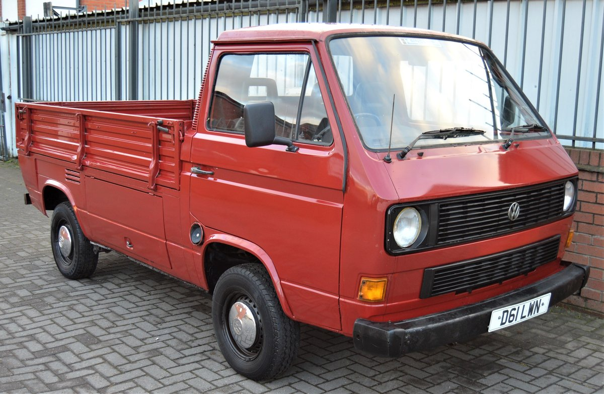 1986 VW T25 1.6 DIESEL PICK UP / SINGLE CAB MOT 08/19 For Sale (picture 1 of 6)