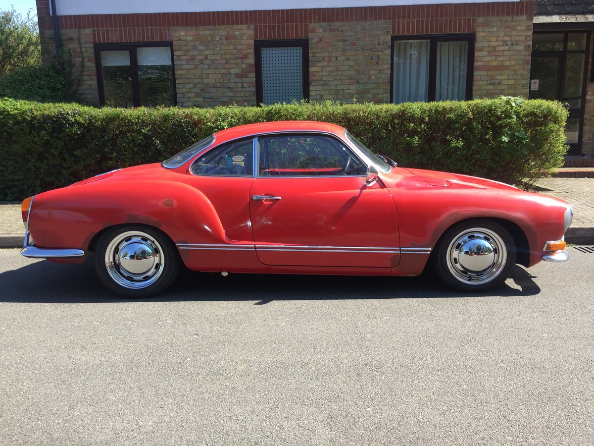 Karmann Ghia 1970 manual LHD SOLD (picture 2 of 6)