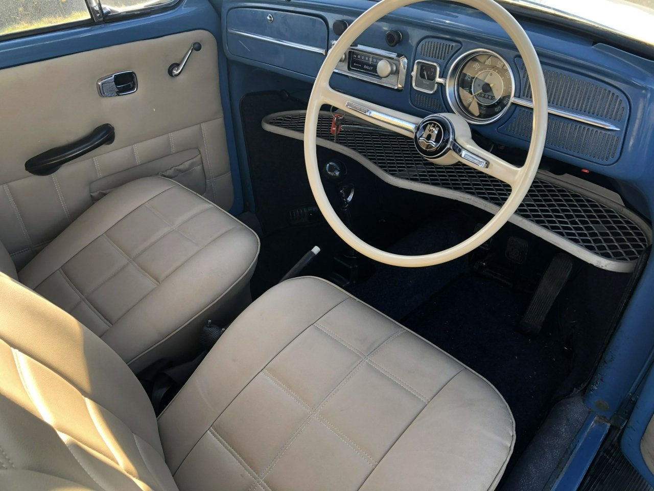 1967 Volkswagen Beetle 1300cc SOLD (picture 5 of 6)