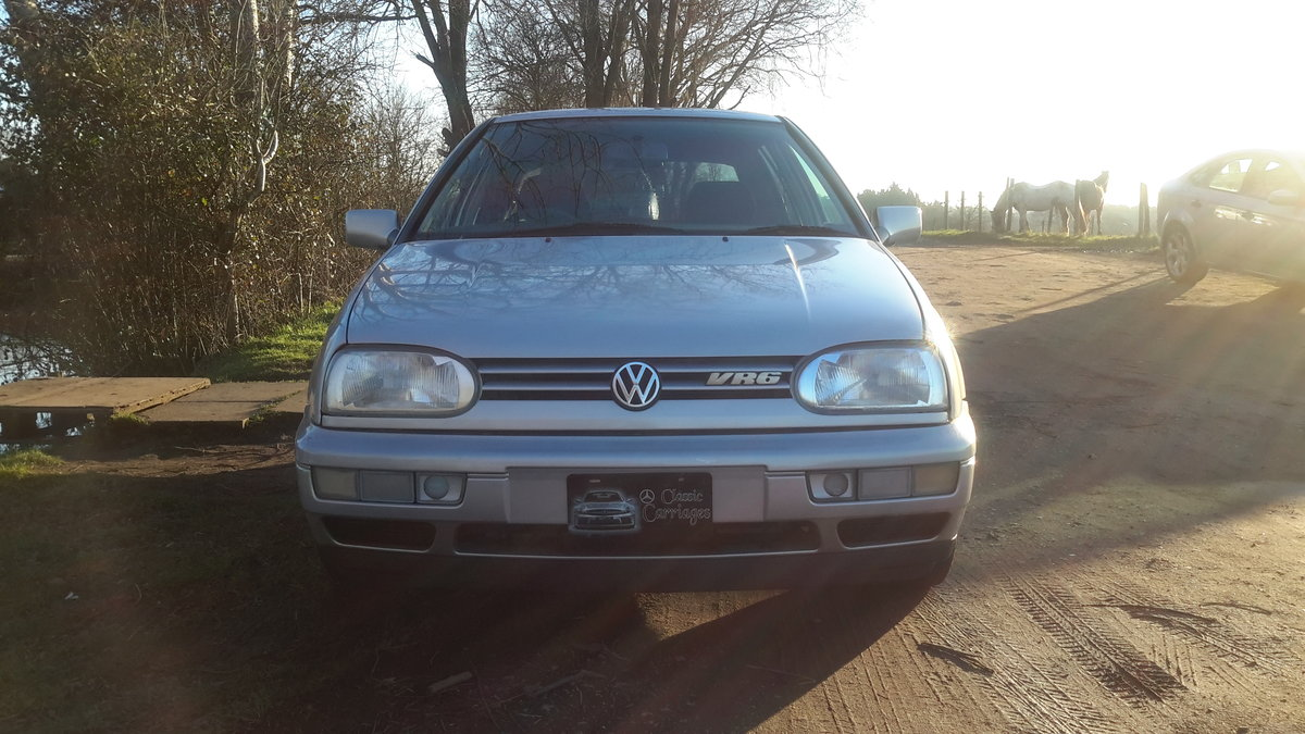 1998 VW GOLF VR6 2.8 5 DOOR AUTOMATIC 16000 MILES For Sale (picture 1 of 6)