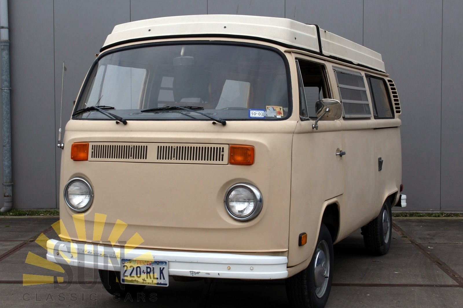 Volkswagen T2 Westfalia Camper 1977 project car For Sale (picture 1 of 6)