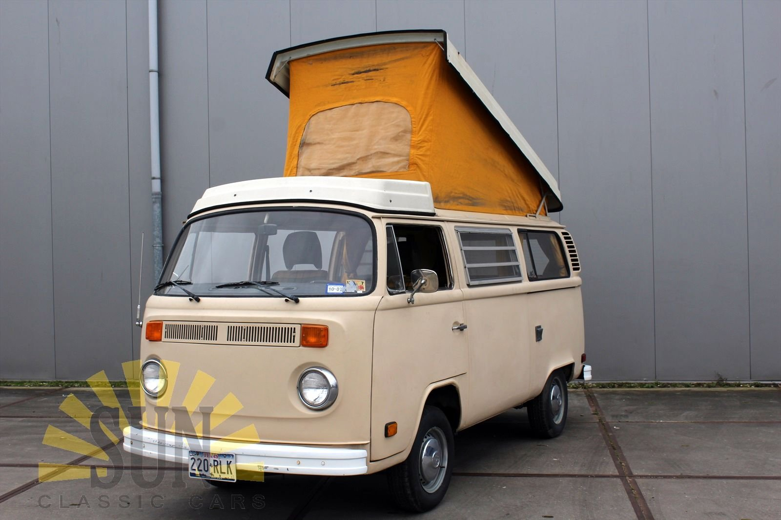 Volkswagen T2 Westfalia Camper 1977 project car For Sale (picture 2 of 6)
