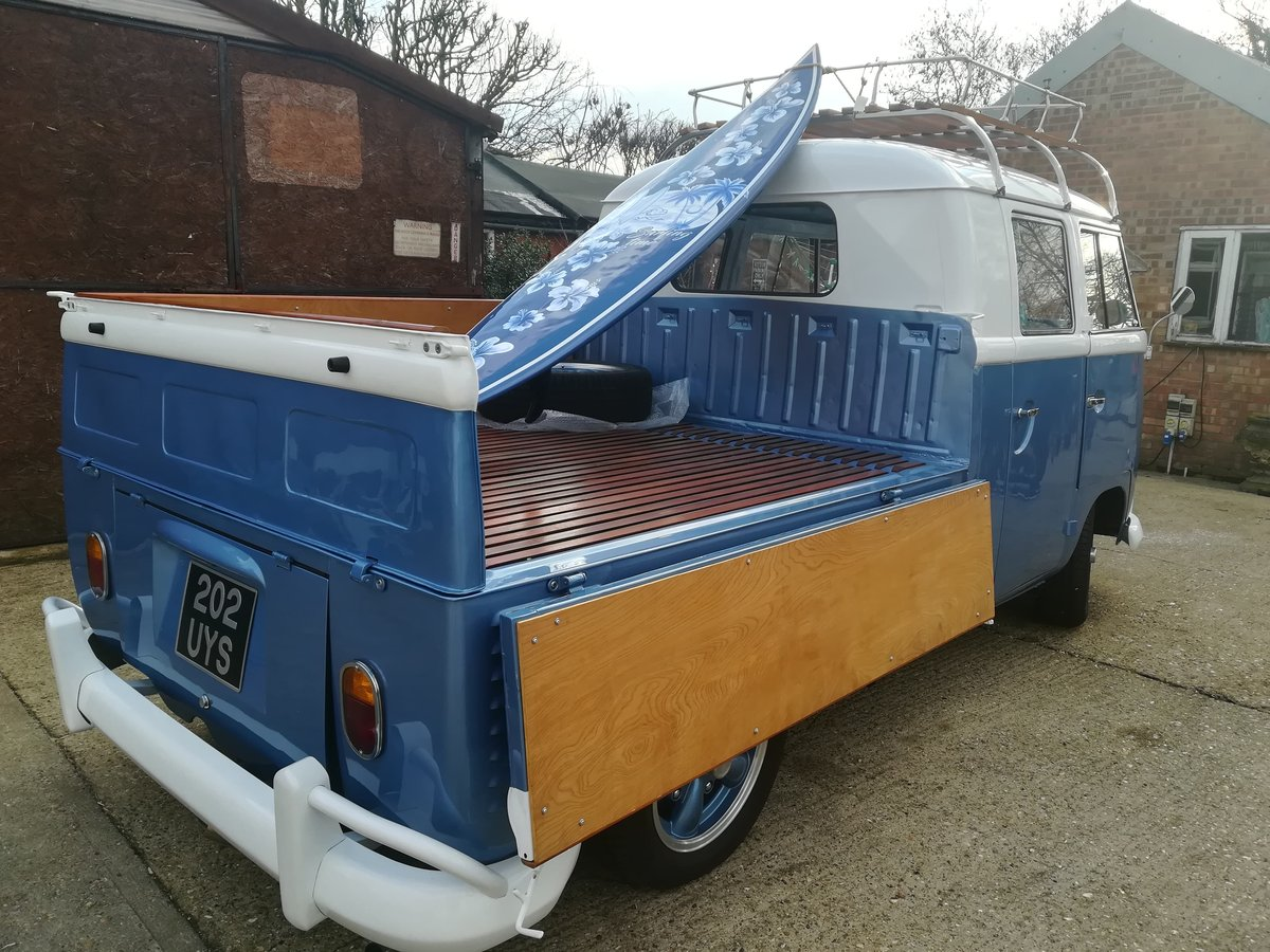 1962 vw crewcab truck fully restored For Sale (picture 3 of 6)