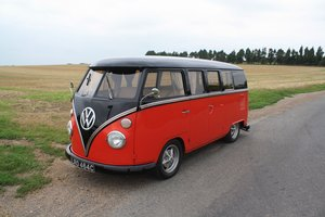 1965 VW Split Screen Camper Van. Right Hand Drive - Restored For Sale