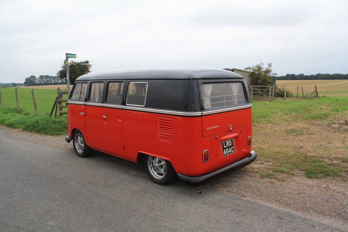1965 VW Split Screen Camper Van. Right Hand Drive - Restored For Sale (picture 2 of 6)