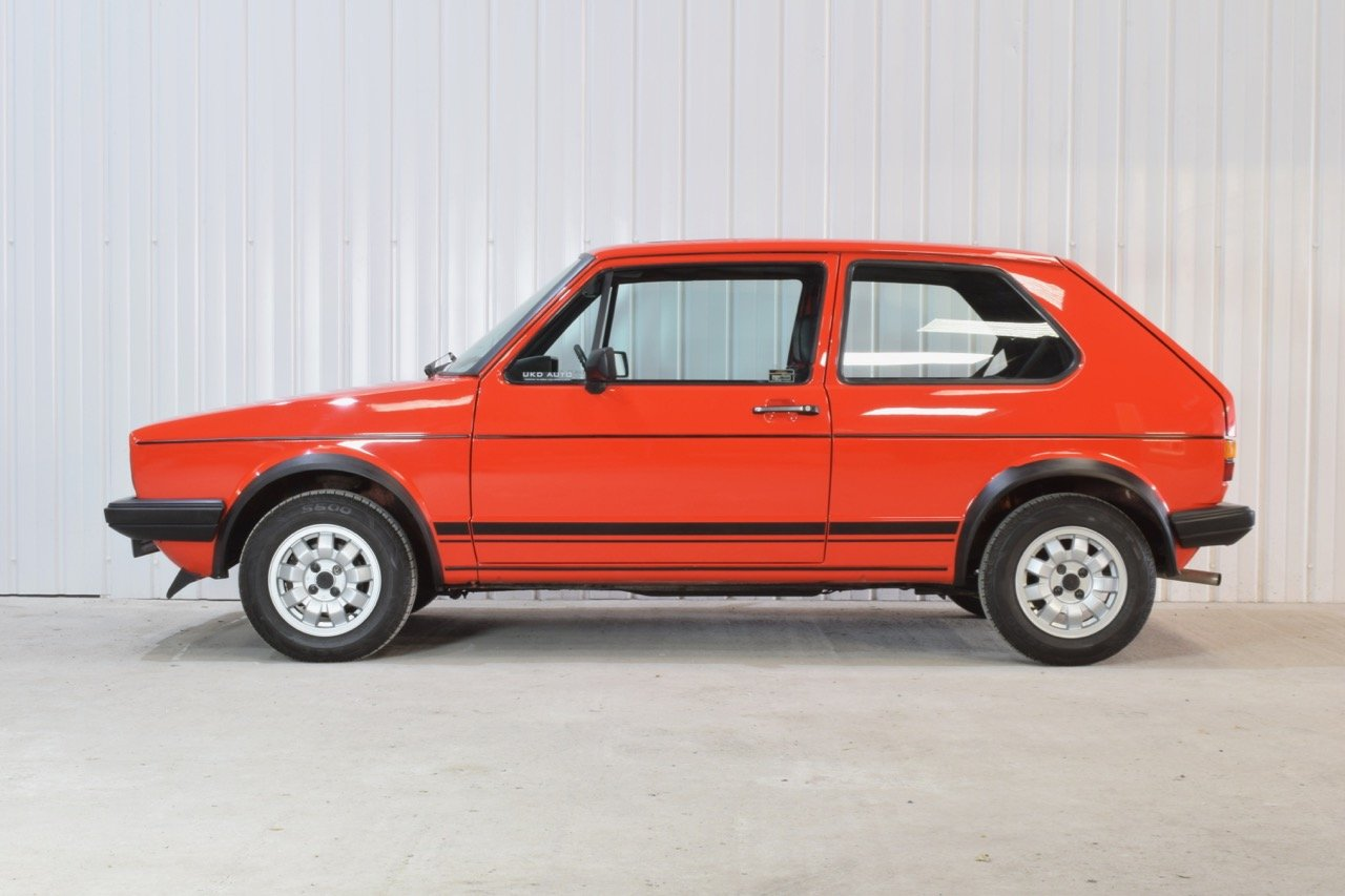 VW VOLKSWAGEN GOLF MK1 GTI 1.8 3DR RED 1983  SOLD (picture 3 of 6)
