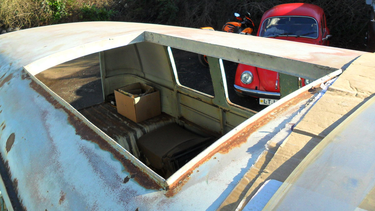 FOR SALE RARE 1963 SUBHATCH SPLITTY CAMPER VAN For Sale (picture 5 of 6)