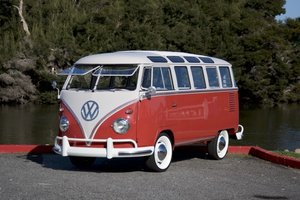 1959 VW Microbus D Luxe 23 Window Samba =  Restored $184.9k