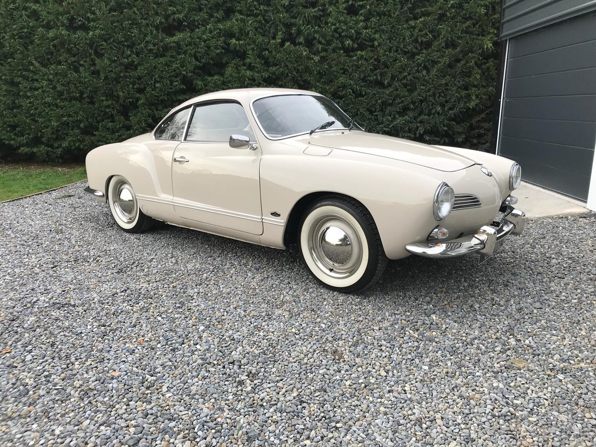 Beautifully Restored 1968 Volkswagen Karmann Ghia For Sale (picture 1 of 6)