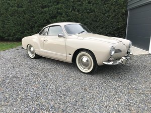 Beautifully Restored 1968 Volkswagen Karmann Ghia