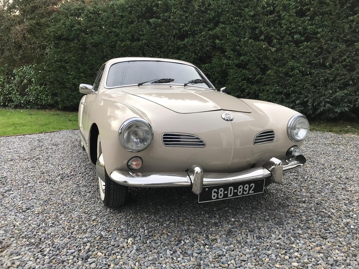 Beautifully Restored 1968 Volkswagen Karmann Ghia For Sale (picture 2 of 6)