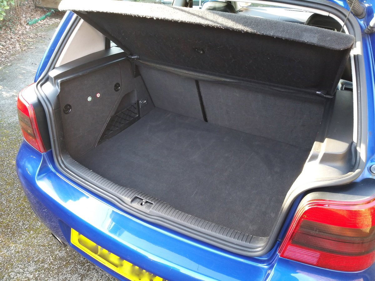 2003 VW Golf R32 Mark 4 (over £5000 of Modifications) SOLD (picture 3 of 6)