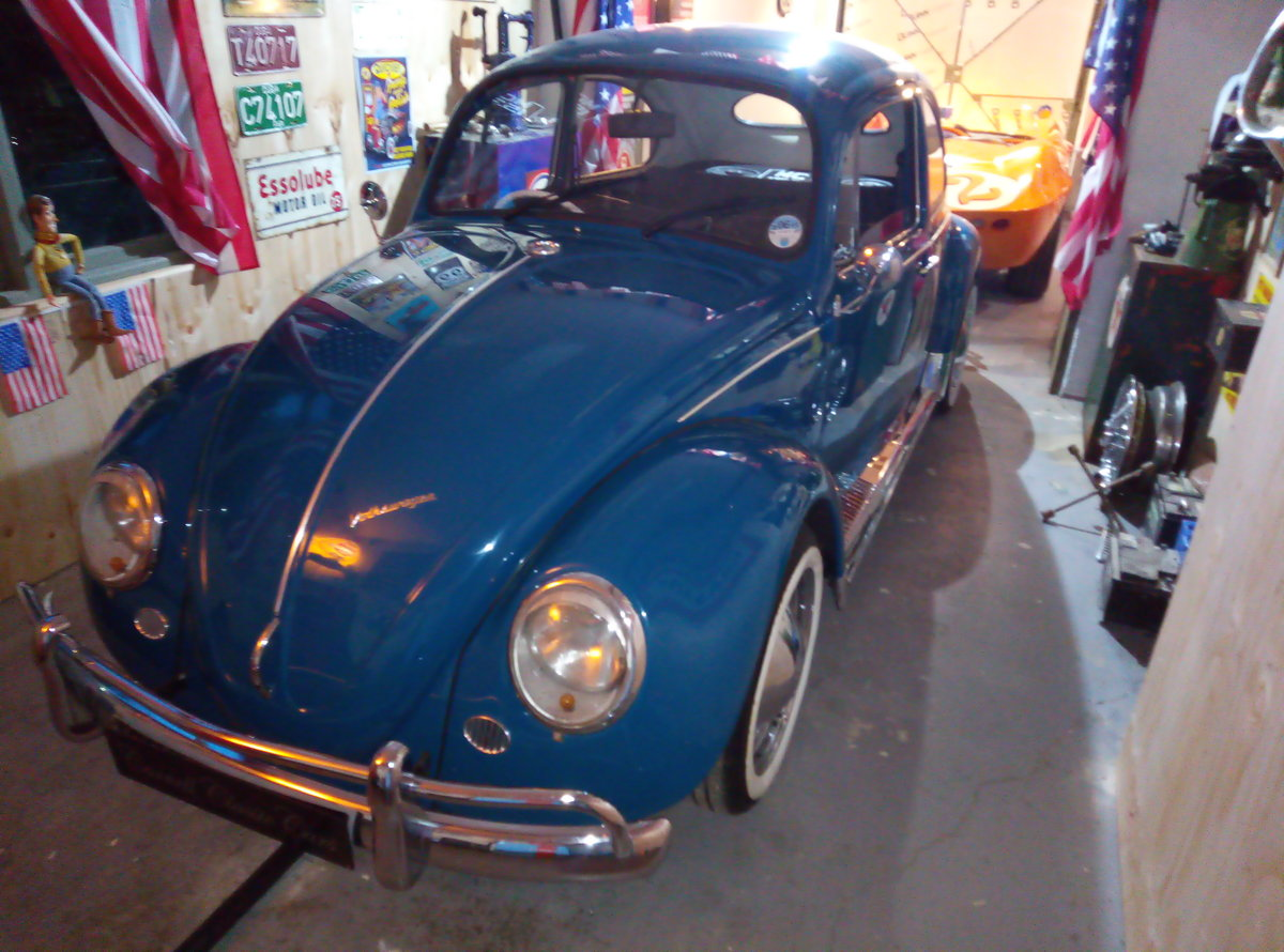1969 VW BEETLE  CAL-LOOK WITH OVAL REAR WINDOW  For Sale (picture 3 of 6)