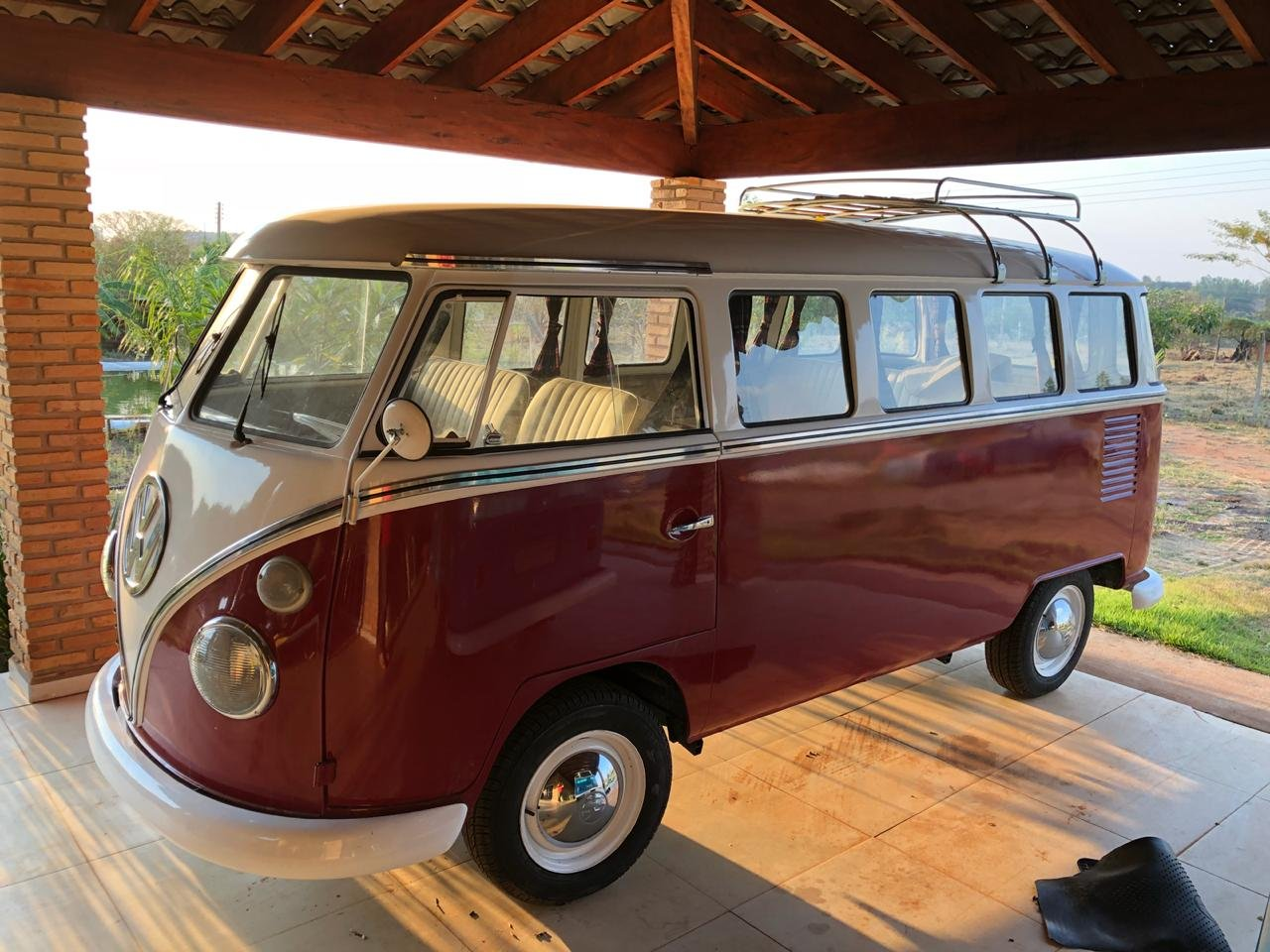 1974 Top AAA restored VW T1 For Sale (picture 1 of 6)