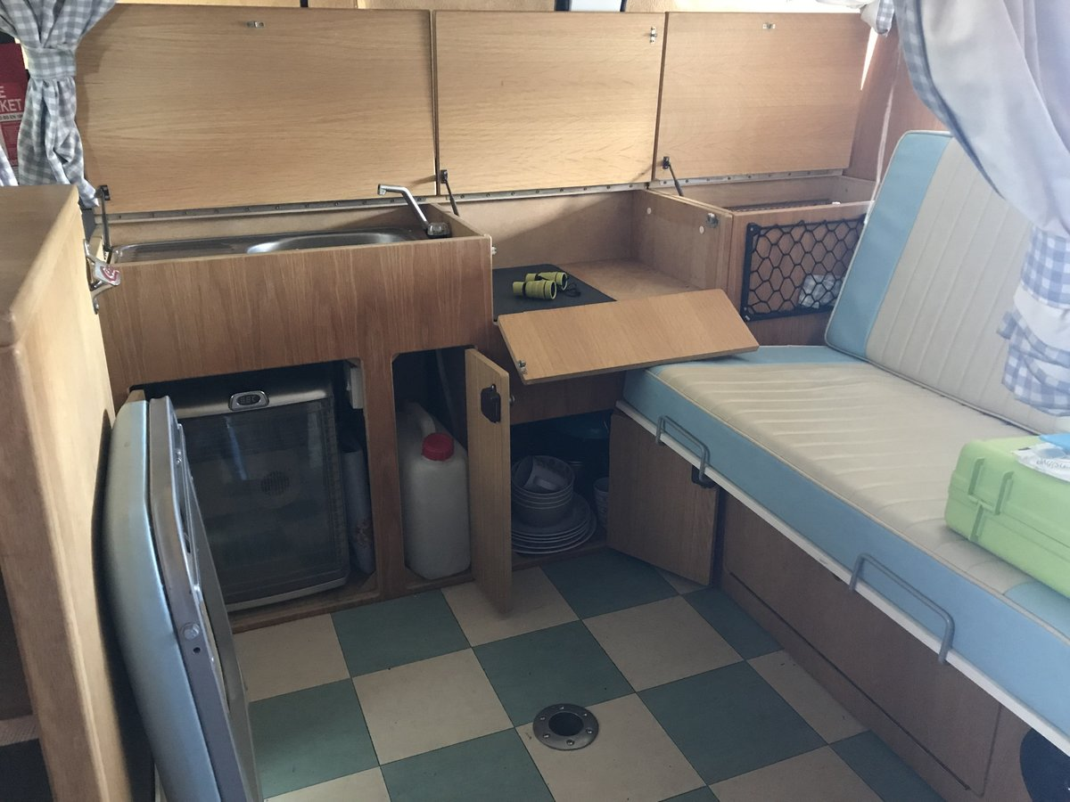 1974 RHD VW Campervan baywindow For Sale (picture 4 of 6)
