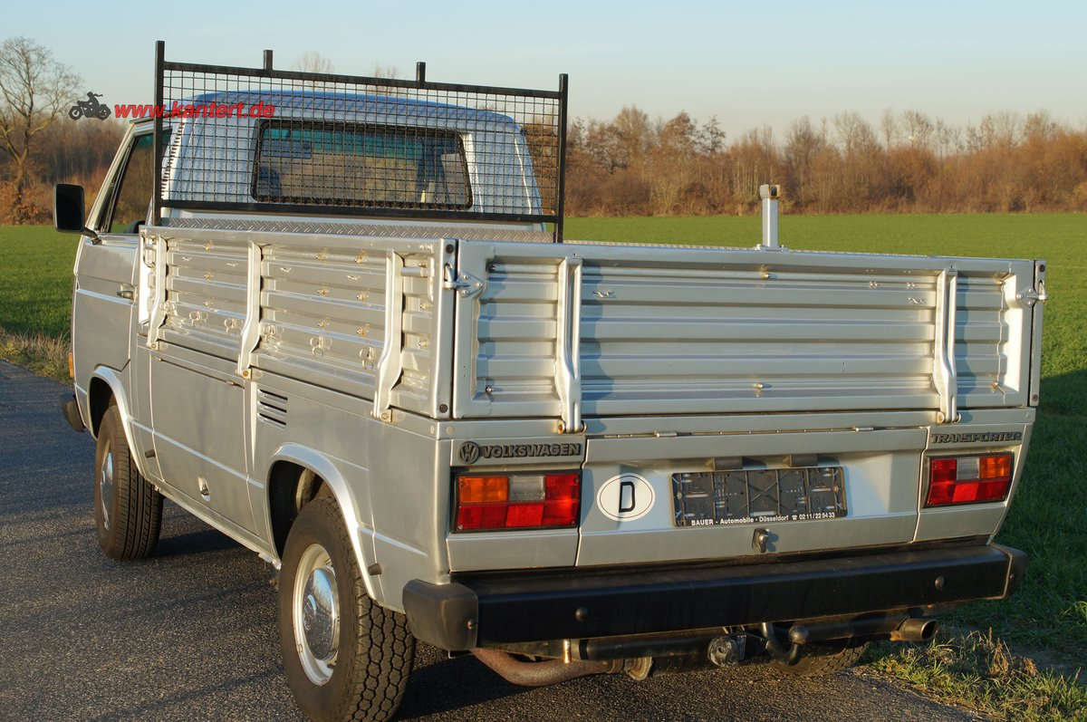 1988 VW T 3 1,6 TD Transporter, Pritsche left hand drive For Sale (picture 2 of 6)