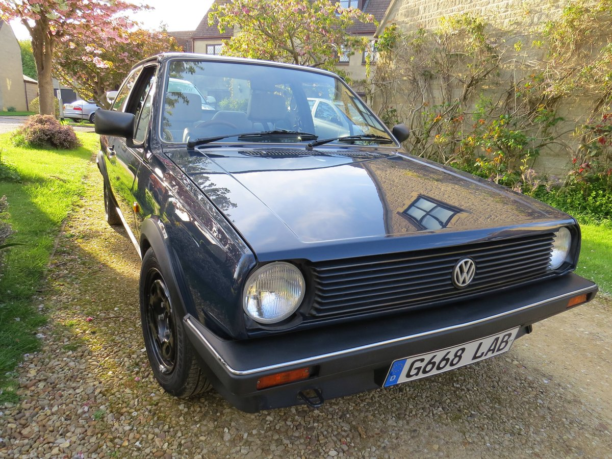 Mk2 VW Polo Saloon 1.0 5 speed 1990 For Sale (picture 3 of 6)