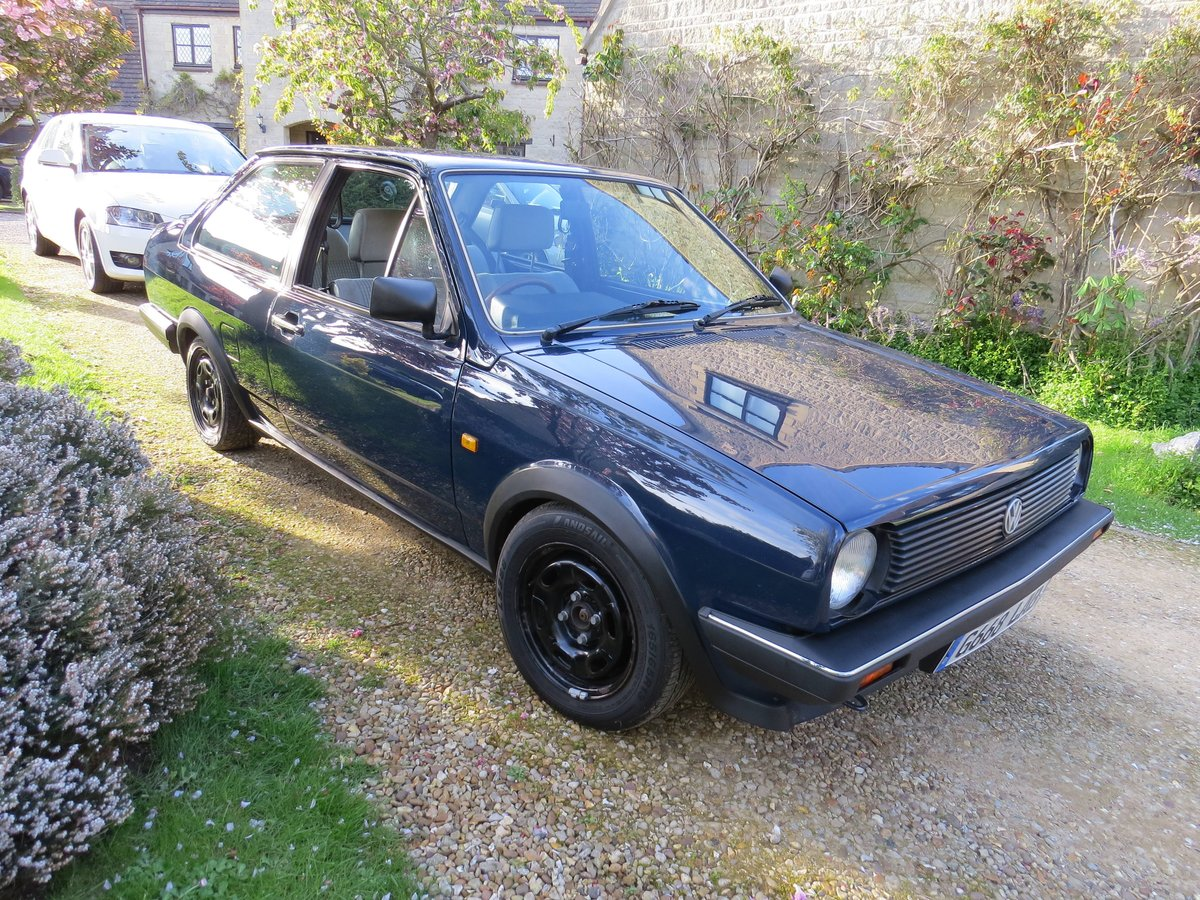 Mk2 VW Polo Saloon 1.0 5 speed 1990 For Sale (picture 5 of 6)