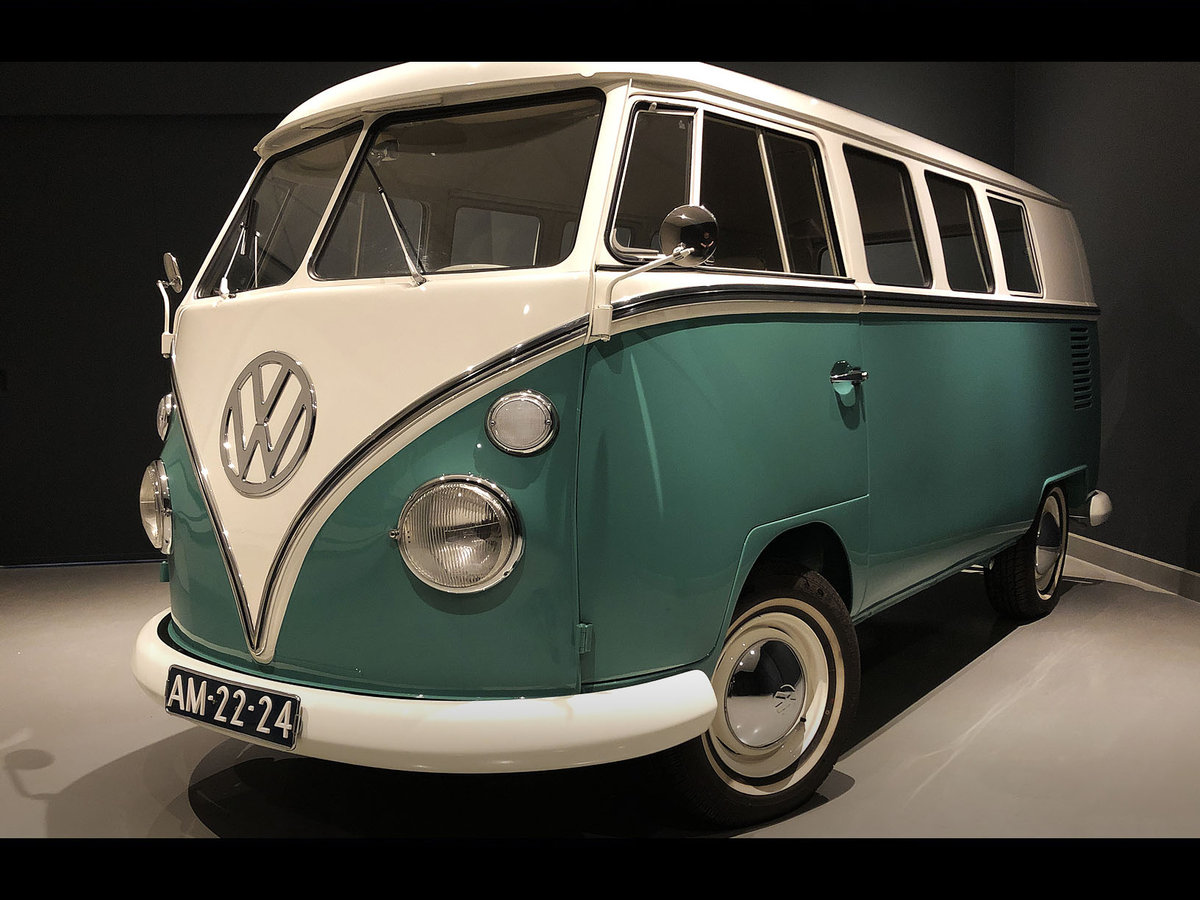 1966 Beautiful restored '66 Volkswagen T1 Deluxe SOLD (picture 1 of 6)