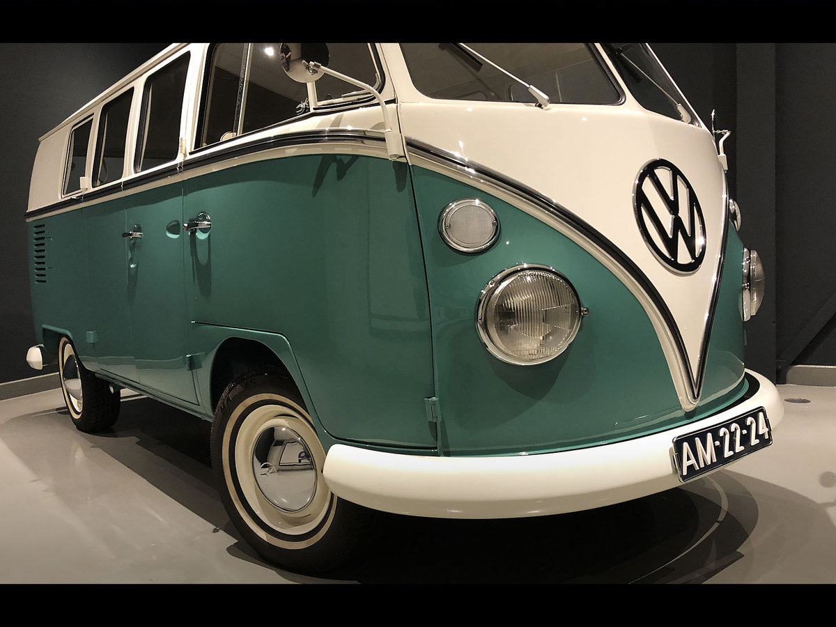 1966 Beautiful restored '66 Volkswagen T1 Deluxe SOLD (picture 2 of 6)