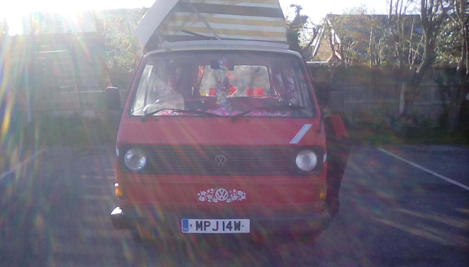 1982 VW campervan 'ruby'  For Sale (picture 1 of 6)