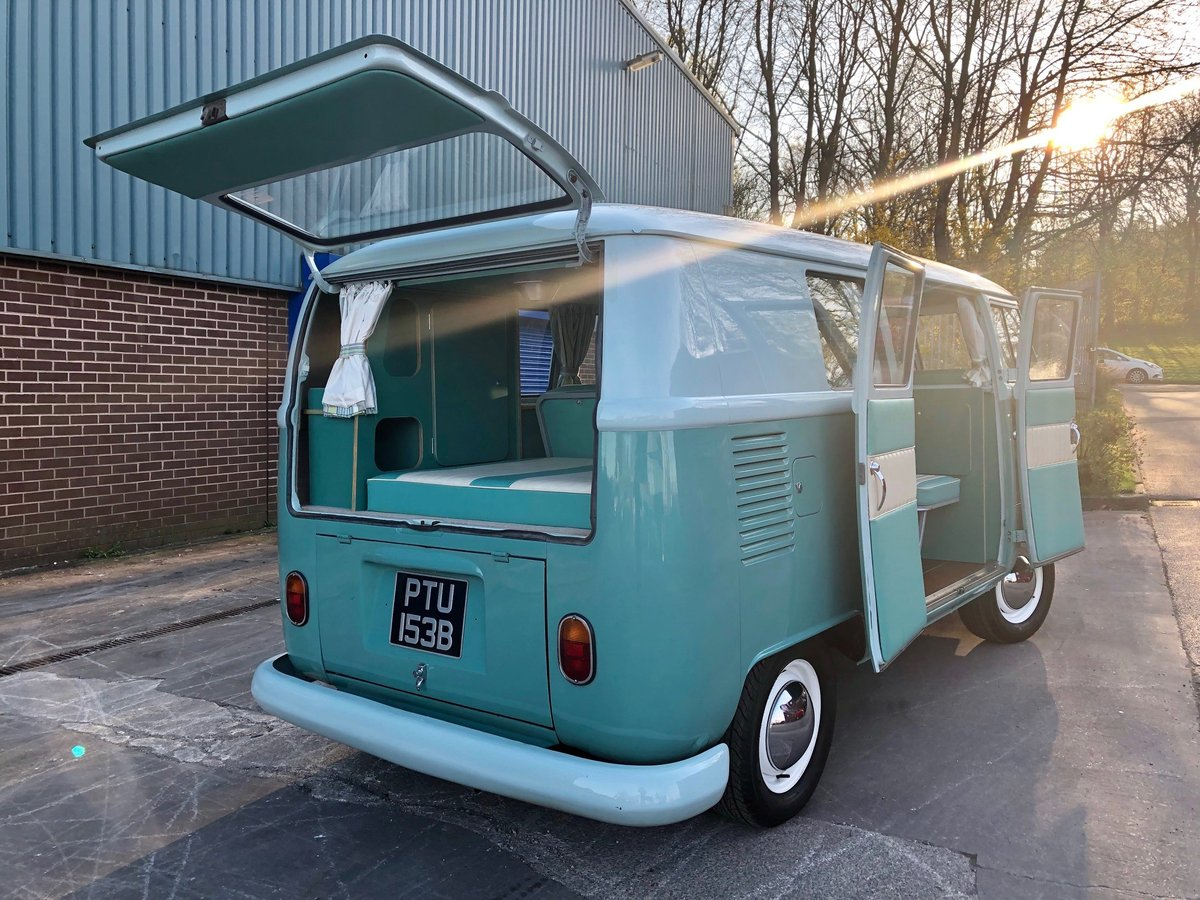 1964 LHD Split Screen Camper Van For Sale (picture 2 of 6)