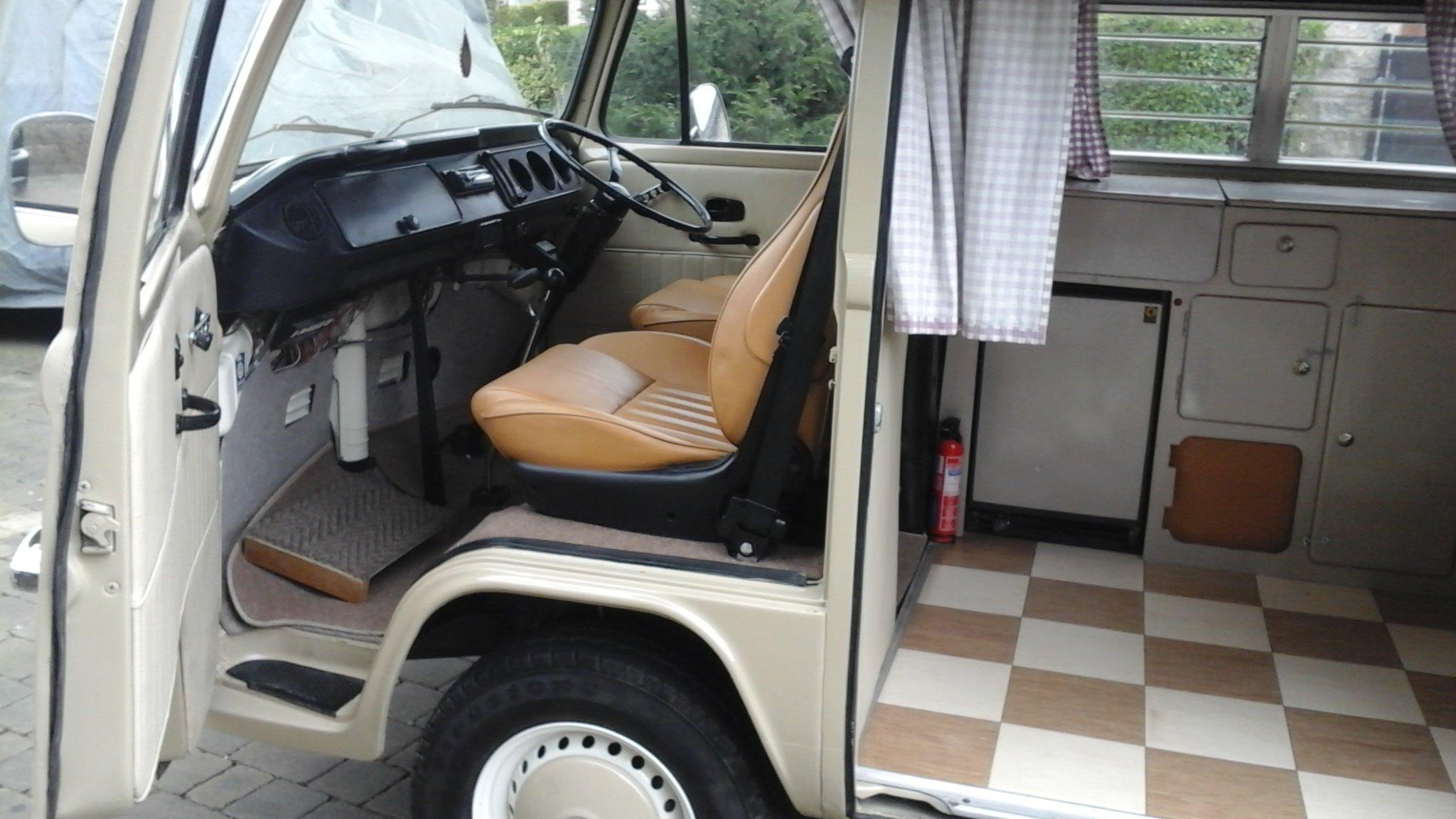 1976 VW VOLKSWAGEN T2 TYPE2 BAYWINDOW CAMPER VAN For Sale (picture 5 of 6)