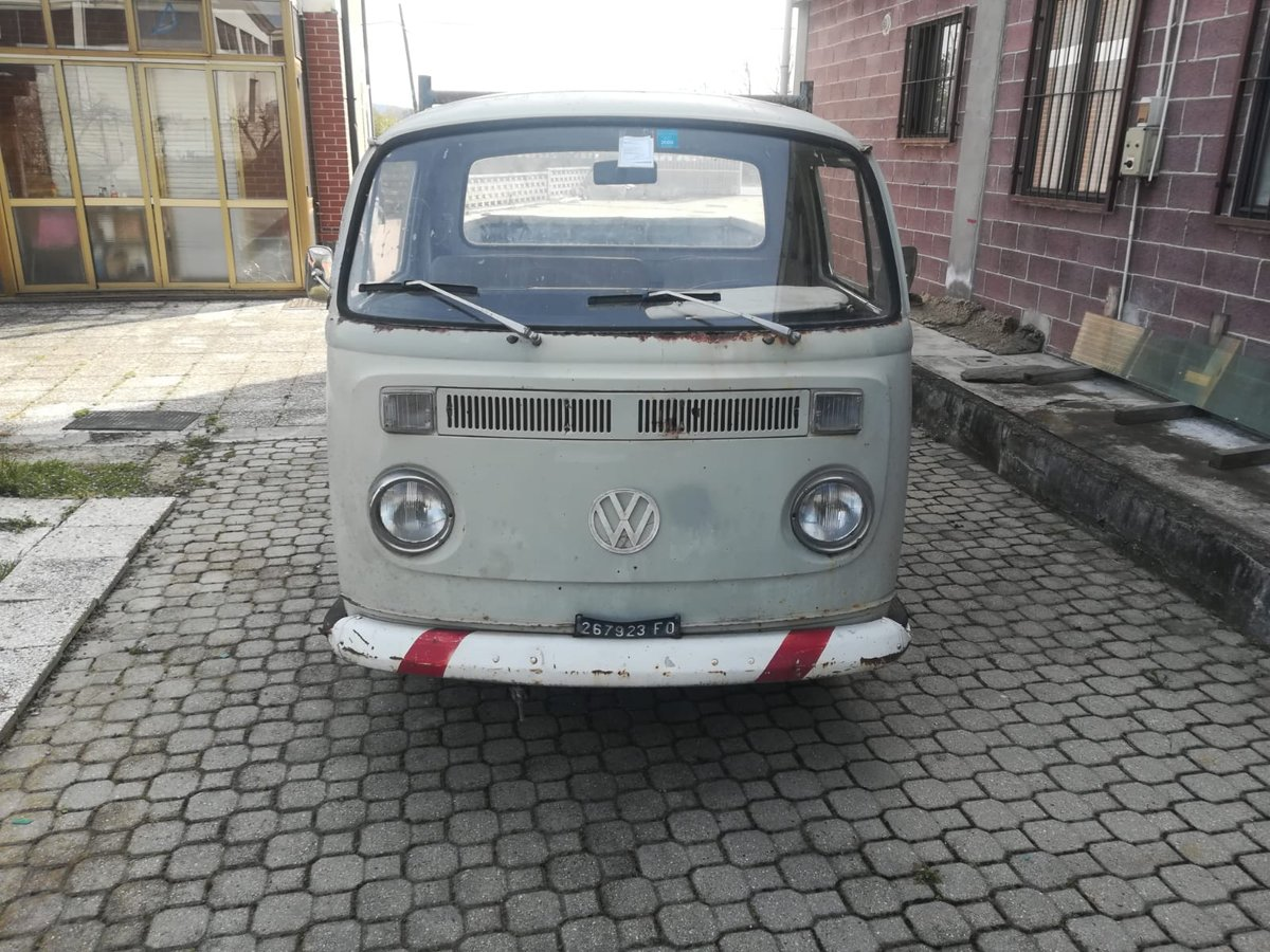 Volkswagen T2 - 1972 SOLD (picture 1 of 6)