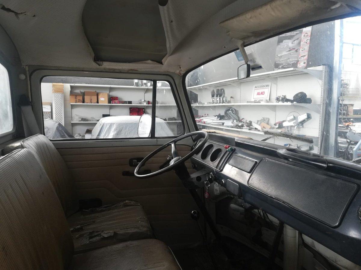 Volkswagen T2 - 1972 SOLD (picture 4 of 6)