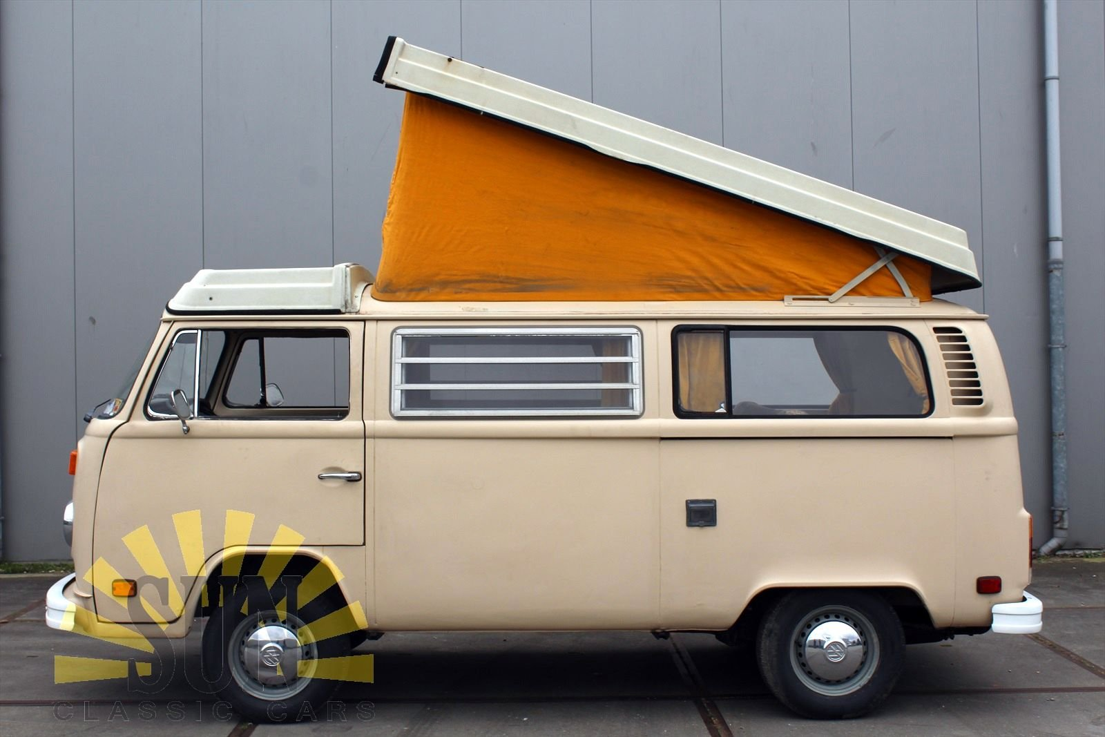 Volkswagen T2 Westfalia Camper 1977 project car For Sale (picture 4 of 6)