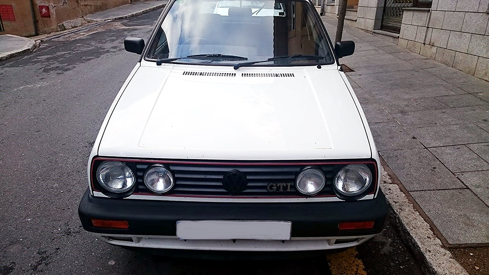 1990 VW GOLF GTI 8V RHD BUT LIVED IN SPAIN PAST 16 YRS For Sale (picture 3 of 6)