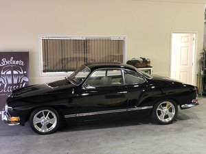 Karmann Ghia coupe 1971.  Calafornia import, party trick! For Sale