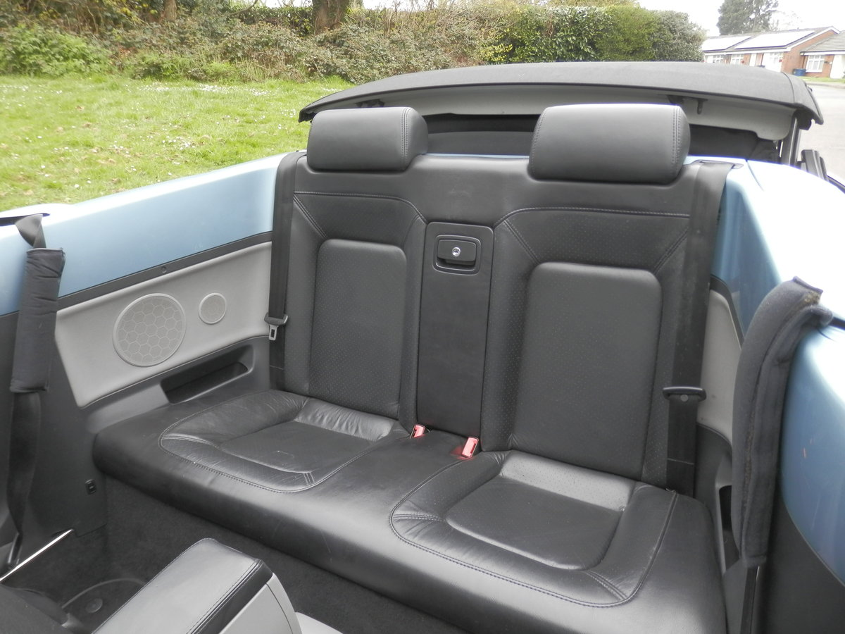 VW BEETLE CABRIOLET.. AUTO.. HIGHLINE.. VERY LOW MILES & FSH SOLD (picture 3 of 4)