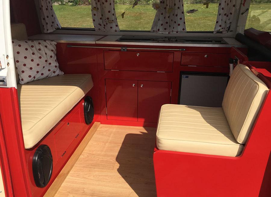 1965 VW Splitscreen LHD Van For Sale (picture 7 of 12)
