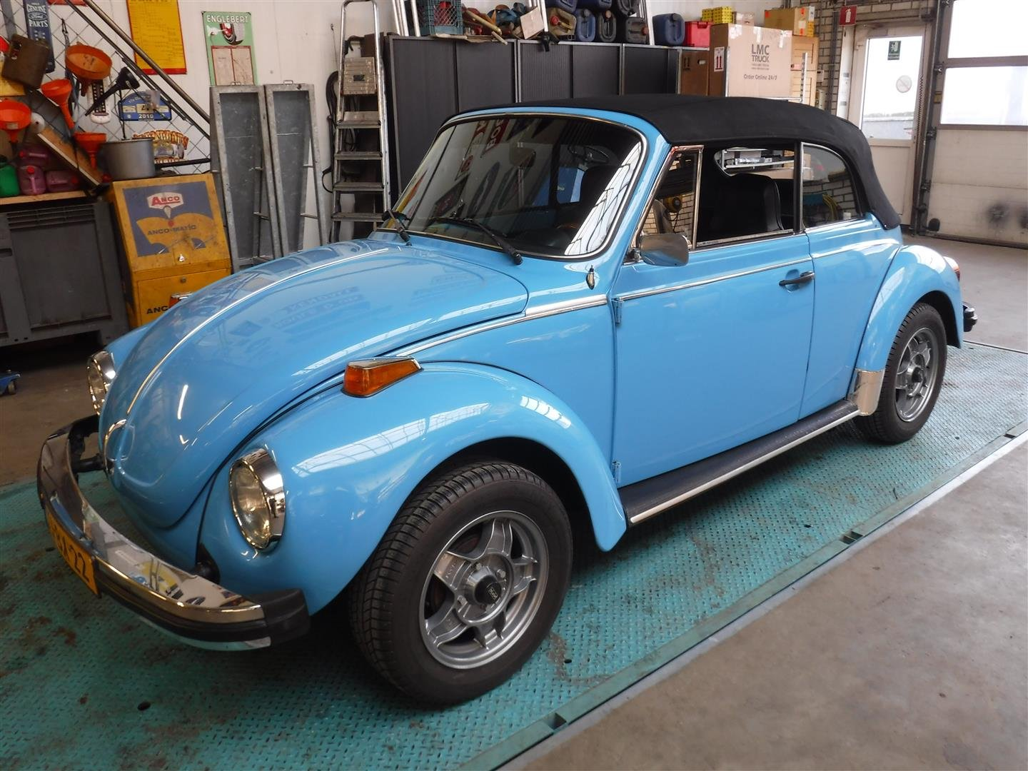 1976 Volkswagen 1303 S Cabrio For Sale (picture 1 of 6)